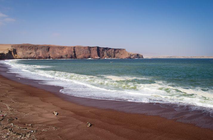 Ruta por Peru - Playa Roja Paracas